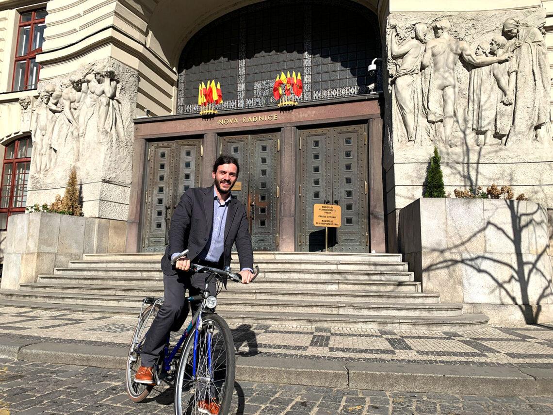 Adam Scheinherr na kole